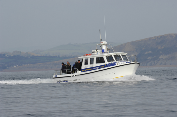 wesybay_diving_boat